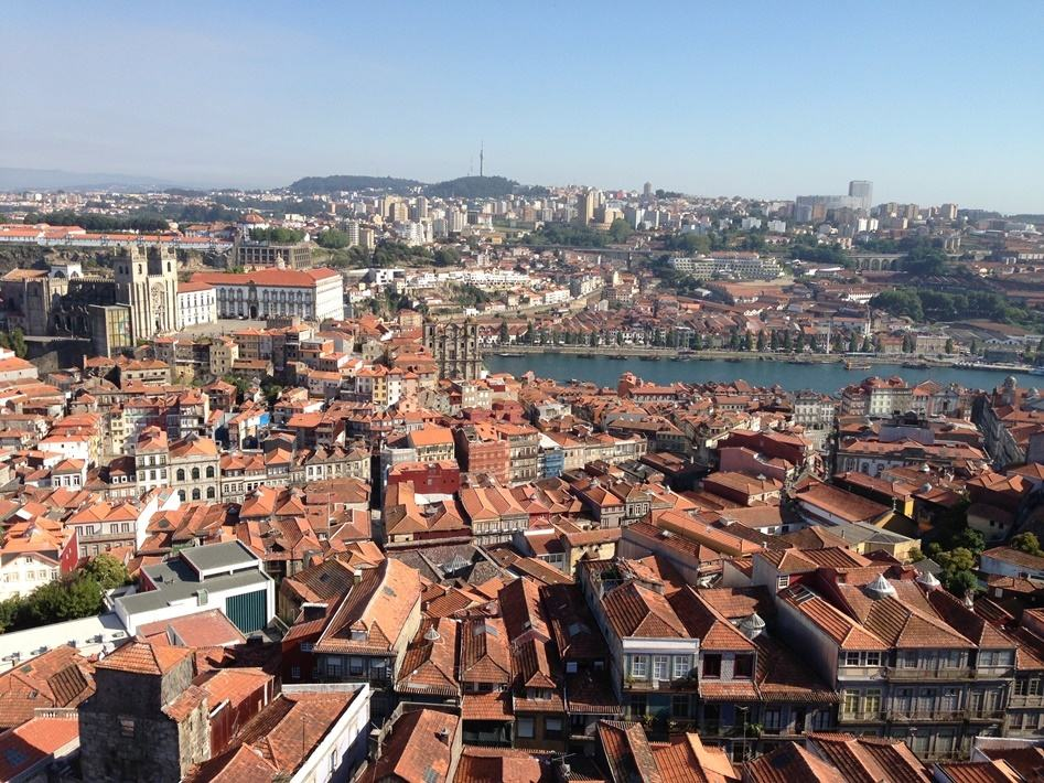 South View from Clérigos Tower, Porto, Portugal by Wafry (via Wikimedia Commons)