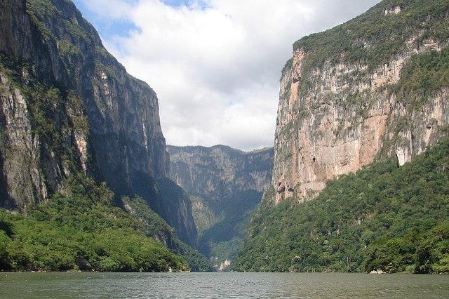 Sumidero Canyon, Chiapas by Antony Stanley (via Flickr)