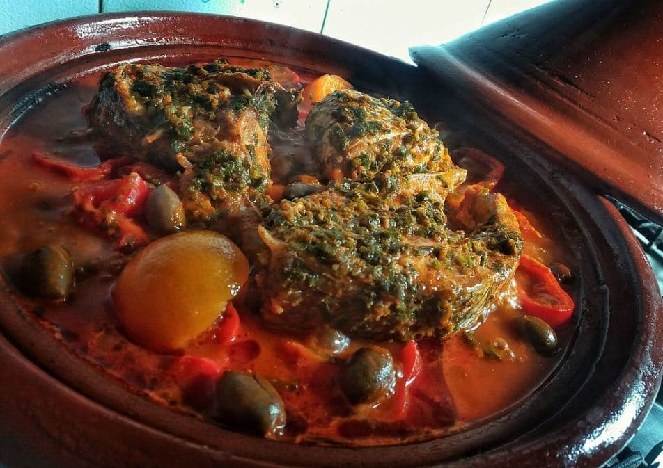 Tagine Au Poisson by Hamza Machmoume via Wikimedia Commons.jpeg