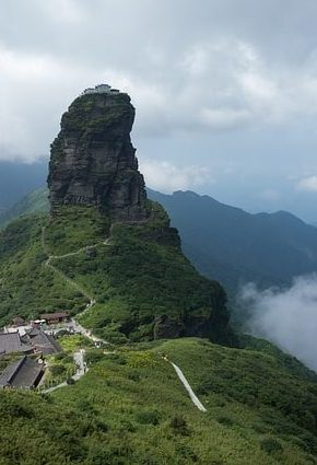 Fanjing Mountain by Xianyi Shen (via Flickr)